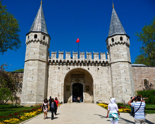Spending Time In Istanbul Topkapi Palace